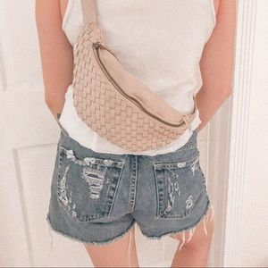 Woven R.P.S fanny pack ✨